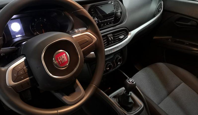 Fiat Tipo Street lleno